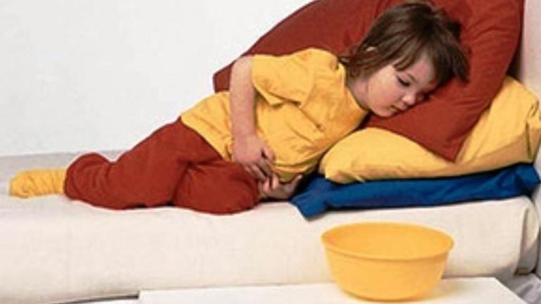 Чем кормить ребенка после рвоты?